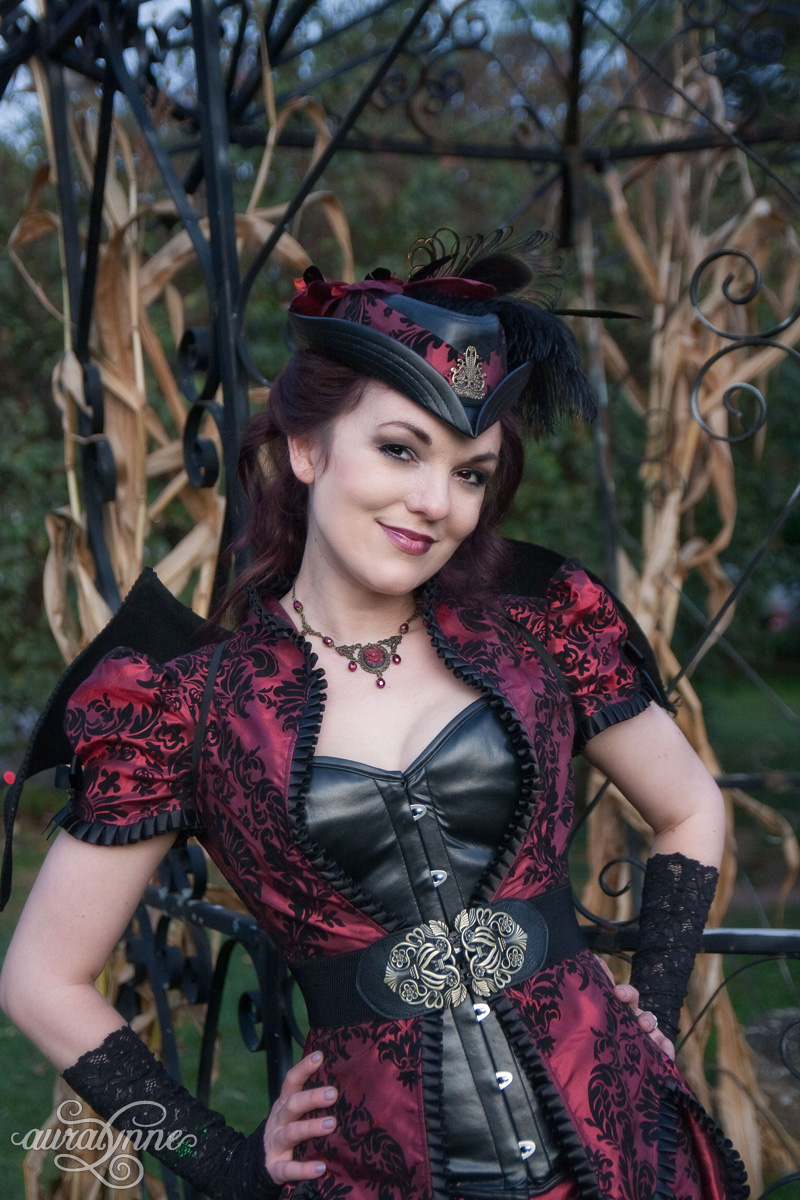 I Like How This Look Blends Gothic And Steampunk The Victorian Bustle Very Goth Looking Fabric All Bronze Accents Combine For A Unusual