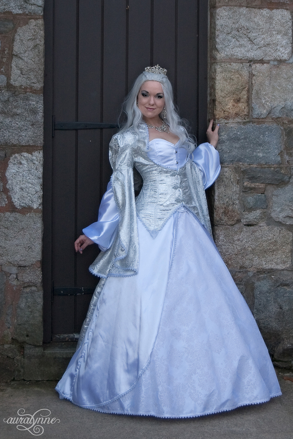 White Fantasy Queen Costume Front